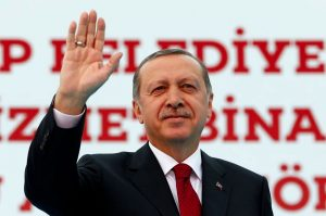 Crunch time: Turkey's referendum campaign begins