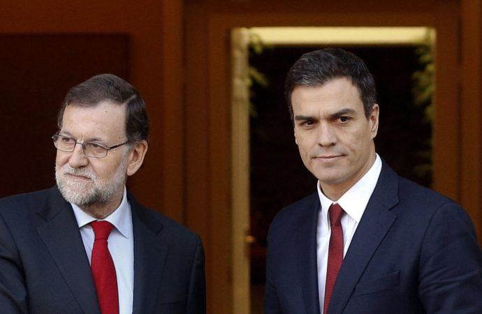 Spain starts transition to Socialist government with new cabinet