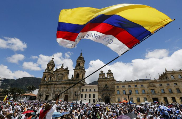 Colombia holds referendum on anti-corruption measures aimed at appeasing voters